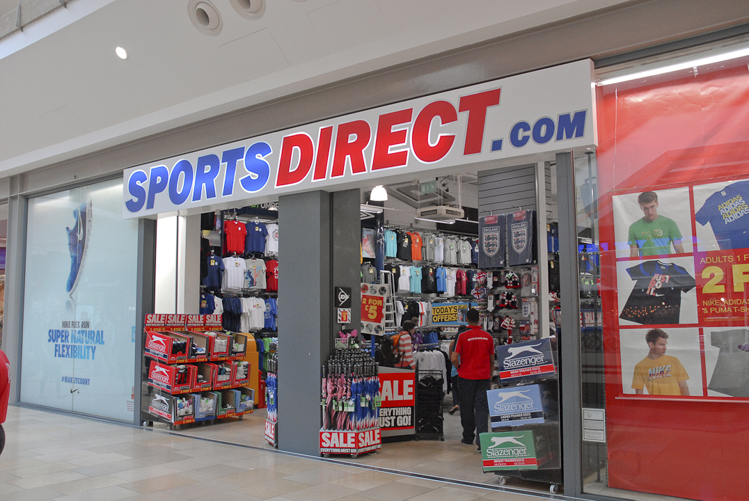 Sports Direct : There are 412868 customers that ❤ sports direct, rating them as good.